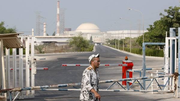 Planta-Bushehr-Teheran-principal-AP_CLAIMA20141122_0185_27